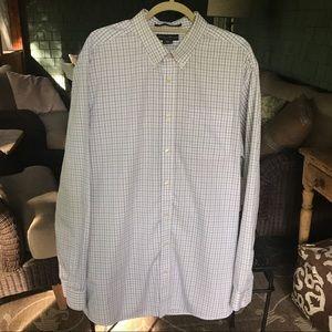 Eddie Bauer Men's Wrinkle Resistant Shirt. TXL